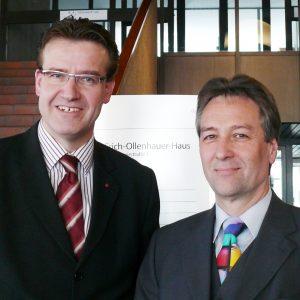 Wilfried Klein, Vorsitzender der SPD-Fraktion im Rat der Stadt Bonn und Jürgen Nimptsch, Oberbürgermeisterkandidat der SPD