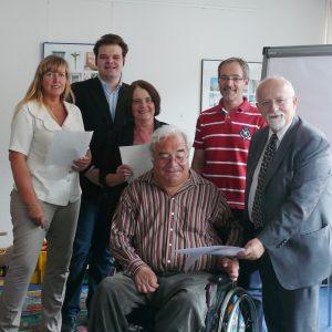 von links nach rechts Uschi Salzburger, Florian Beger,Ingeborg Cziudaj, Dirk Lahmann, Bernhard von Grünberg, 1. Reihe: Christian Joachimi