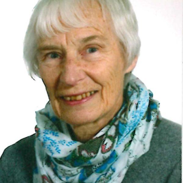 Helga Klumb